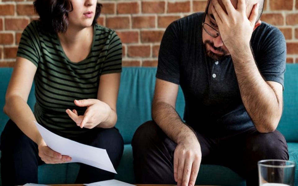 Porque Razão as Famílias Recorrem à Insolvência?